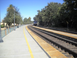 DSCN0191 Eastbound train leaving Davis going backwards