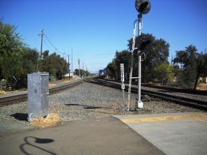 DSCN0209 Westbound train coming into Davis Stn
